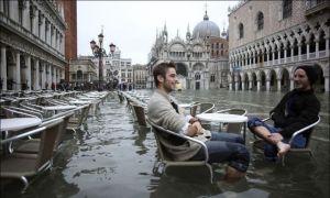 flood_cafe_venice
